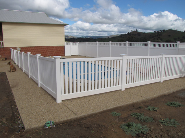 POOL & SAFETY FENCING