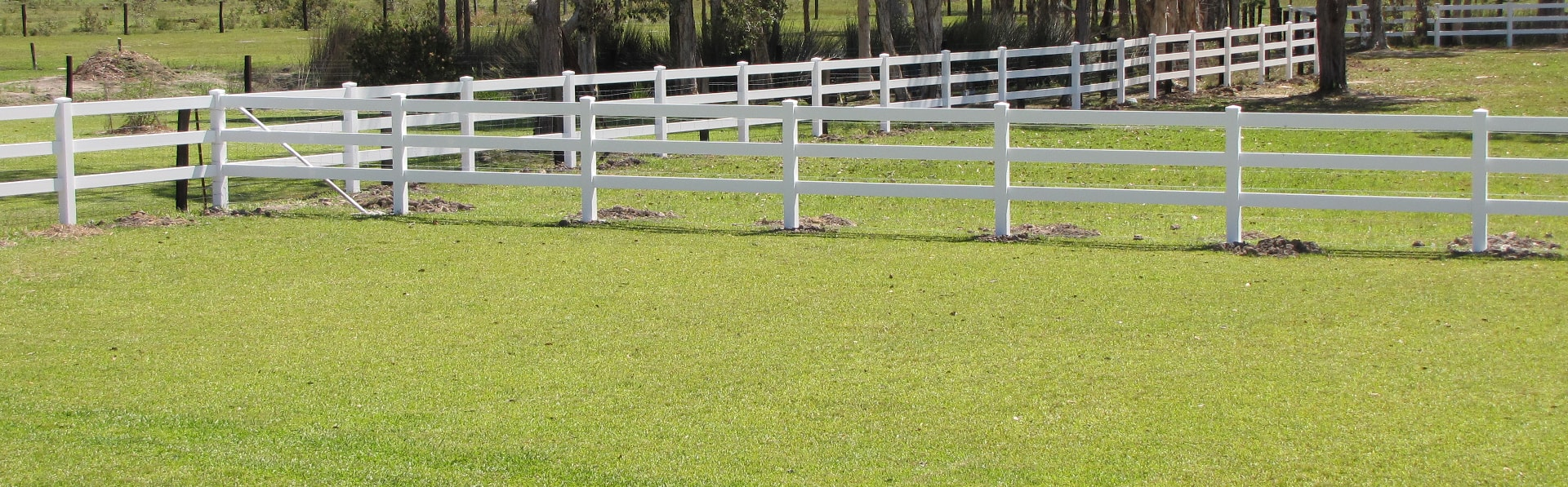Picture of: Post And Rail Fencing Big Country Pvc Fencing Australian Owned