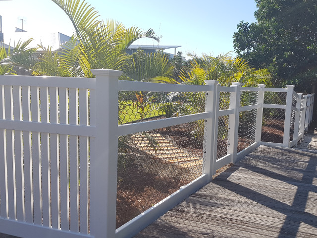 Portfolio image of custom classic settler fence 1500mm